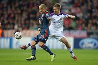 FUSSBALL   CHAMPIONS LEAGUE   SAISON 2013/2014   Vorrunde FC Bayern Muenchen - ZSKA Moskau       17.09.2013 Arjen Robben (li, FC Bayern Muenchen) gegen Pontus Wernbloom (re, ZSKA Moskau)