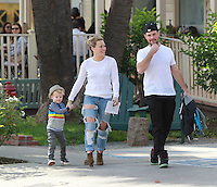 NOV 23 Hilary Duff and Family at Cold Water Park
