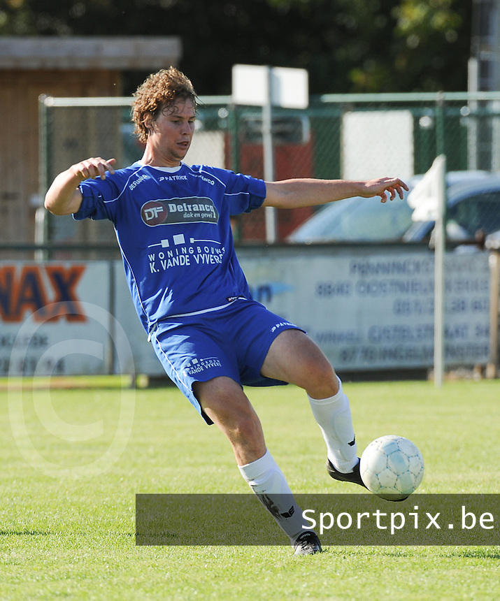 Hooglede   : <br /> Jonas Maesen<br />    Foto VDB / Bart Vandenbroucke
