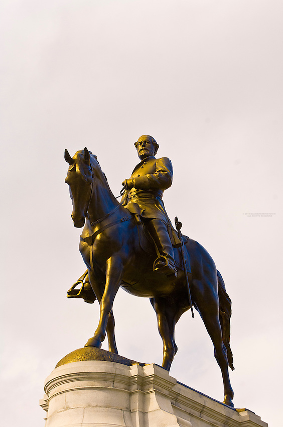 Robert E. Lee statue, Monument Avenue (historic district), Richmond, Virginia USA