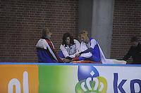 SCHAATSEN: DEVENTER: IJsstadion De Scheg, 12-10-2013, Nationale schaatswedstrijd de IJsselcup, Aron Romeijn wordt na val afgevoerd naar het ziekenhuis, ©foto Martin de Jong