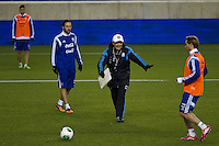 Argentina soccer coach Alejandro Sabella (C-right) gives instructions to his players during a practice at Red Bull stadium ahead of his friendly match against Ecuador in New Jersey, Nov 13, 2013. VIEWpress/Eduardo Munoz Alvarez