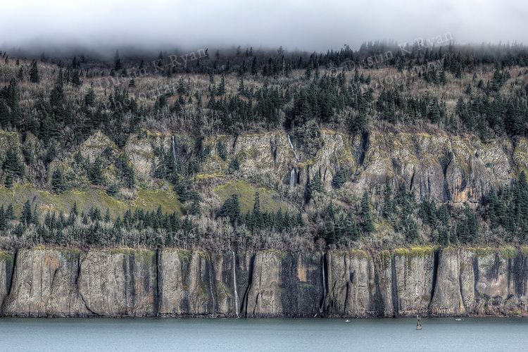 Cape Horn Cliffs and Waterfalls, Columbia River Gorge Washing Side