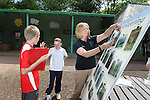 Children from Deri View Primary School visiting Welsh Water Education Centre in Cilfynydd..28.05.12.©Steve Pope