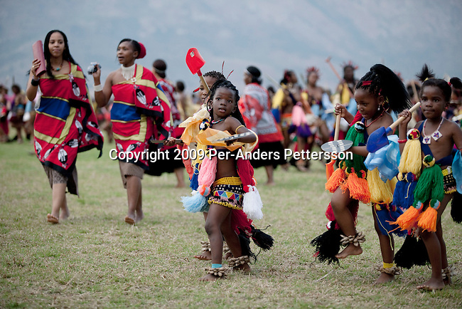 The Reed Dance ceremony, is an annual Swazi and Zulu tradition held in August or September. In Swaziland, tens of thousands of unmarried and childless ... sexy girl