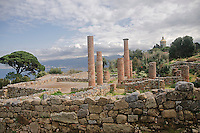 Tindari:  sito archeologico dell'antica citt&agrave; greca Tindarys con scorcio della cupola del santuario.<br />