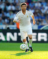 FUSSBALL   INTERNATIONAL   SAISON 2011/2012   TESTSPIEL Herha BSC Berlin - Real Madrid         27.07.2011      Xabi ALONSO (Real Madrid) Einzelaktion am Ball