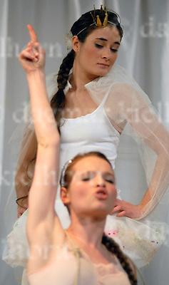 """Sauerstoff"" by Iwan Wyrypajew at ""Gorki-Studio"" Berlin,Germany,10-01-2007,Director Mareike Mikat,Stage Natascha von Steiger/Marie Roth"