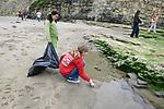 Kaya & Trillium On Beach Cleanup