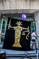 04.06.2013 - Protest Outside the Ministry of Justice Against the Legal Aid Cuts