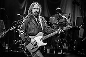 TOM PETTY AND THE HEARTBREAKERS (2014)