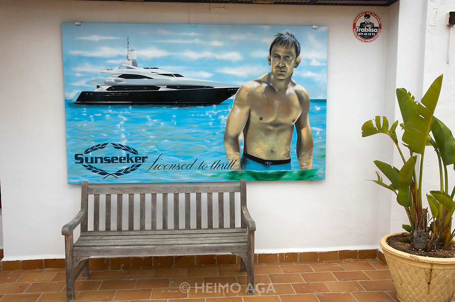 """James Bond"" Daniel Craig doing advertising for Sunseeker Yachts."