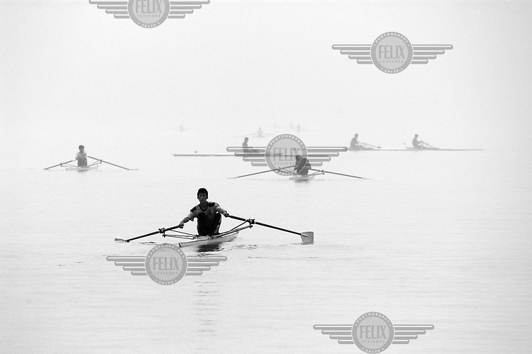 Students from the Zhaoqing Rowing School.