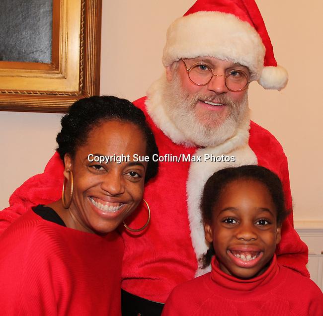 12-17-16 Rhonda Ross & son Raif - Tracy Reese designer - Hearts of Gold Christmas 2016