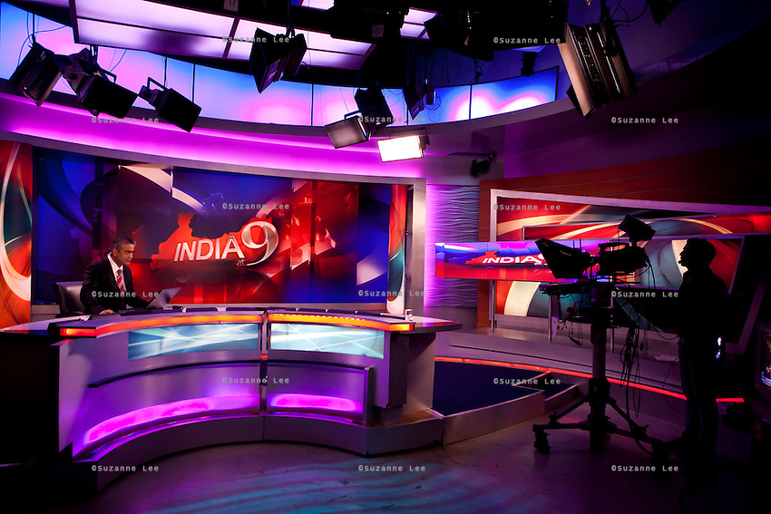 Rajdeep Sardesai anchoring his show, India at 9, on CNN-IBN in Studio 1 on 6th December 2010. Photo by Suzanne Lee