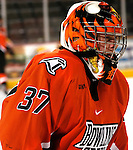 3/3/06 -- Omaha, Ne.Bowling Green Goalie JImmy Spratt at the Qwest Center Omaha. (Photo by Chris Machian/Prarie Pixel Group).