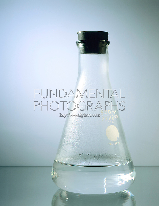 WATER IN STOPPERED FLASK SHOWS DYNAMIC EQUILIBRIUM<br /> Evaporation Begins<br /> When water is first put into a closed container, water molecules begin to evaporate. When two or more processes occur simultaneously, with no net change, there is dynamic equilibrium.