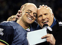 Terry Bradshaw and Matt Hasselbeck share their baldness after the NFC championships.