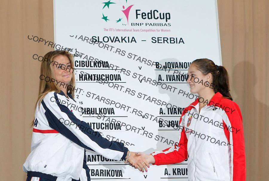 Tenis, Fed Cup 2011, play-off for group A.Slovakia Vs. Serbia, Official Draw.Daniela Hantuchova, left and Bojana Jovanovska.Bratislava, 15.04.2011..foto: Srdjan Stevanovic/Starsportphoto ©