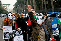 Roma 9 Gennaio 2014<br /> Sit-in davanti all'Ambasciata dell'Arabia Saudita per manifestare contro l&rsquo;esecuzione capitale e chiedere l&rsquo;immediata scarcerazione del giornalista e blogger saudita Raif Badawi imprigionato con l'accusa di apostasia . Organizzato da Nessuno tocchi Caino e Associazione della Comunit&agrave; Marocchina in Italia delle Donne<br /> Roma, Italy. 9th January  2014<br /> Sit-in in front of the 'Embassy of Saudi Arabia to protest against the execution and ask for the immediate release of journalist and blogger Saudi Raif Badawi imprisoned on charges of apostasy. Organized by Hands Off Cain and the Community Association of Moroccan Women in Italy.