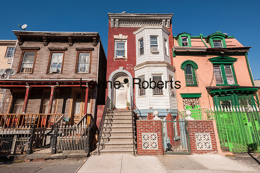Several private houses in the Melrose neighborhood of the borough of the Bronx in New York on Thursday, September 19, 2013. (© Richard B. Levine)