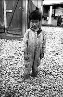 Montenegro  Novembre 2000.Campo profughi di Konik 1.Un bambino di etnia rom profugo dal Kosovo