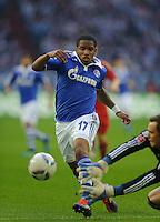 Fussball Bundesliga Saison 2011/2012 6. Spieltag FC Schalke 04 - FC Bayern Muenchen V.l.: Jefferson FARFAN (Schalke), Manuel NEUER (FCB).