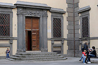 Paliano.Piazza Colonna.