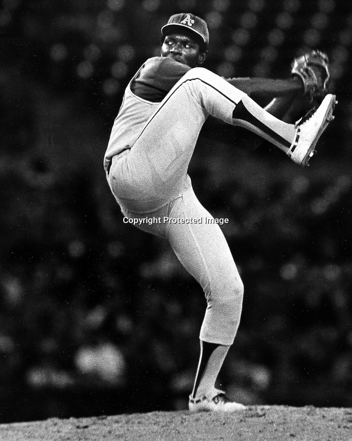 Oakland A's pitcher Vida Blue 1972 @ photo by Ron Riesterer