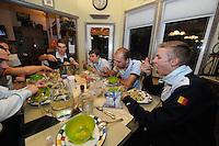 SCHAATSEN: SALT LAKE CITY: 13-11-2013, Schaatsteam Stressless (BEL), Ferre Spruyt, Maarten Swings, Jelle Spruyt, Maarten Swings, Bart Swings, Bart Veldkamp, Wannes van Praet, Maarten Thysen (fysio), ©foto Martin de Jong