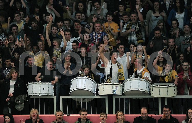 Basketball   1. Bundesliga 2009/2010  22.04.2010 Walter Tigers Tuebingen -   Telekom Baskets Bonn JUBEL Tigers Fans