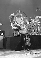 Led Zeppelin Earls Court, London 17 May 1975. Credit: Ian Dickson/MediaPunch
