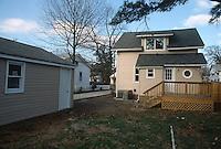 1993 February ..Conservation.Cottage Line...AFTER REHAB.9520 CHESAPEAKE STREET.EXTERIOR REAR...NEG#.NRHA#..