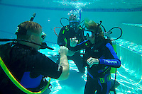 jOHANNESBURG, SOUTH AFRICA, DECEMBER 2004. Jillian trains for her PADI open water diving licence. South African Nature offers some of the world's best adrenaline sports and outdoor challenges. Photo by Frits Meyst/Adventure4ever.com