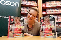 """*** NO FEE PIC ***.01/10/2011.Eason Ireland's leading retailer of books stationery, magazines & lots more hosted a book sigining by best selling cookery writer & TV cook Rachel Allen who signed copies of her new book """" Easy Meals"""" for fans at Eason O' Connell St, Dublin..Photo: Gareth Chaney Collins"""