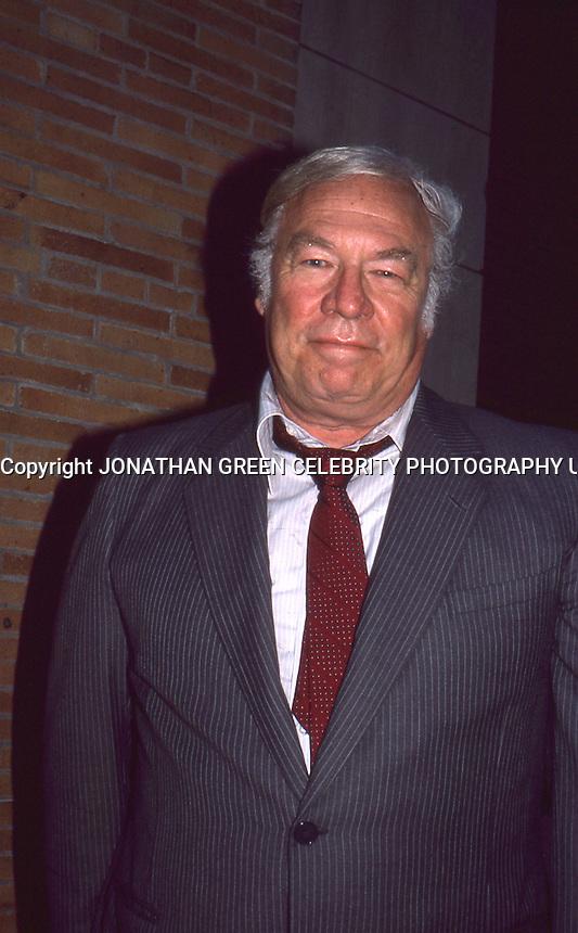 ジョージ・ケネディの画像 p1_30