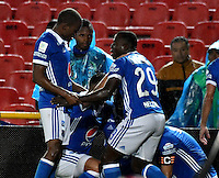 BOGOTA - COLOMBIA - 12 - 02 - 2017: Los jugadores de Millonarios, celebran el gol anotado Atletico Bucaramanga, durante partido de la fecha 3 entre Millonarios y Atletico Bucaramanga, de la Liga Aguila I-2017, jugado en el estadio Nemesio Camacho El Campin de la ciudad de Bogota.  / The players of Millonarios celebrate the scored goal to Atletico Bucaramanga, during a match between Millonarios and Atletico Bucaramanga, for the date 3 of the Liga Aguila I-2017 played at the Nemesio Camacho El Campin Stadium in Bogota city, Photo: VizzorImage / Luis Ramirez / Staff.