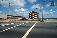 1992 October 07..Conservation.Cottage Line..PROGRESS.LOTS FOR SALE.HOTEL CALIFORNIA SITE...NEG#.NRHA#..