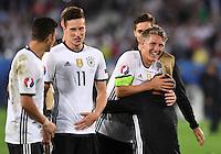 FUSSBALL EURO 2016 VIERTELFINALE IN BORDEAUX Deutschland - Italien      02.07.2016 Bastian Schweinsteiger  (Deutschland) laesst sich feiern