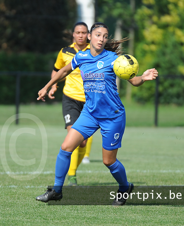 20160827 - ZWEVEZELE , BELGIUM : Genk's Amber Tysiak pictured during the soccer match  in the 2nd round of the  Belgian cup 2017 , a soccer women game between SK Voorwaarts Zwevezele and RC Genk Ladies  , in Zwevezele , saturday 27 th August 2016 . PHOTO SPORTPIX.BE / DIRK VUYLSTEKE