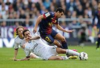 FUSSBALL  INTERNATIONAL  PRIMERA DIVISION  SAISON 2012/2013   26. Spieltag  El Clasico   Real Madrid  - FC Barcelona        02.03.2013 Pedro Rodriguez (re, Barca) gegen Alvaro Arbeloa (Real Madrid)