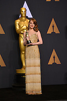 Emma Stone in the photo room at the 89th Annual Academy Awards at Dolby Theatre, Los Angeles, USA 26 February  2017<br /> Picture: Paul Smith/Featureflash/SilverHub 0208 004 5359 sales@silverhubmedia.com