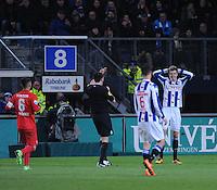 VOETBAL: HEERENVEEN: 06-02-16, Abe Lenstra Stadion, SC Heerenveen - FC Twente, uitslag 1-3, 2de x geel voor Joost van Aken, scheidsrechter Dennis Higler, ©foto Martin de Jong