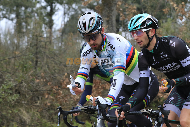 The peloton including World Champion Peter Sagan (SVK) Bora-Hansgrohe on gravel sector 2 Bagnaia during the 2017 Strade Bianche running 175km from Siena to Siena, Tuscany, Italy 4th March 2017.<br /> Picture: Eoin Clarke | Newsfile<br /> <br /> <br /> All photos usage must carry mandatory copyright credit (&copy; Newsfile | Eoin Clarke)
