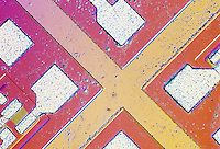INTEGRATED CIRCUIT(IC) ON SILICON  CHIP<br />