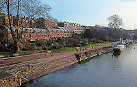 London: Richmond, Thames Bank to East of Richmond Rivers 106.  Photo '90.
