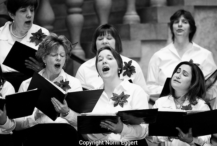 Choral group performs enthusiastically