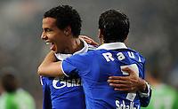 FUSSBALL   1. BUNDESLIGA   SAISON 2011/2012   22. SPIELTAG FC Schalke 04 - VfL Wolfsburg         19.02.2012 Joel Matip (li) und Raul (re, beide FC Schalke 04) jubeln nach dem Tor zum 1:0