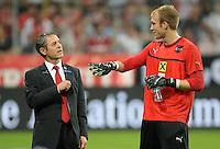 Fussball International  WM Qualifikation 2014   06.09.2013 Deutschland - Oesterreich  Trainer Marcel Koller (li, Oesterreich) mit Torwart Robert Almer (Oesterreich)