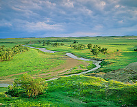 Grand River flows across prairie at Grand River National Grassland, north of Bison, South Dakota, AGPix_0295.